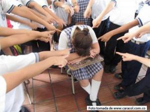 Bosa en contra del acoso escolar P